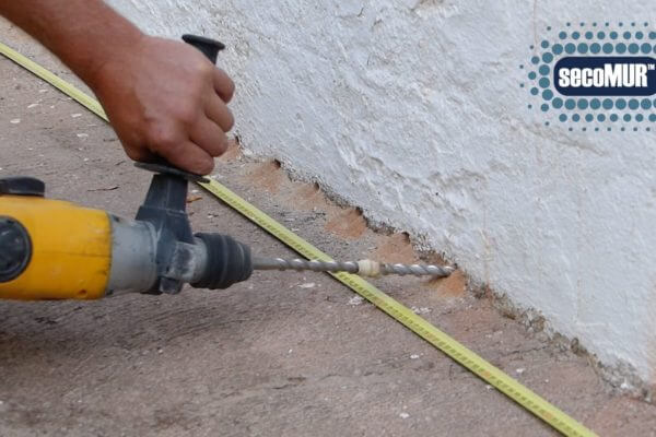 drilling-to-fix-rising-damp