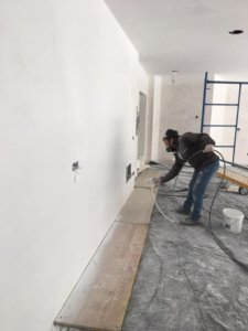 wall painter spray living room